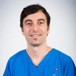 Senior Clinician Miguel Solano from Fitzpatrick Referrals Orthopaedics and Neurology Hospital