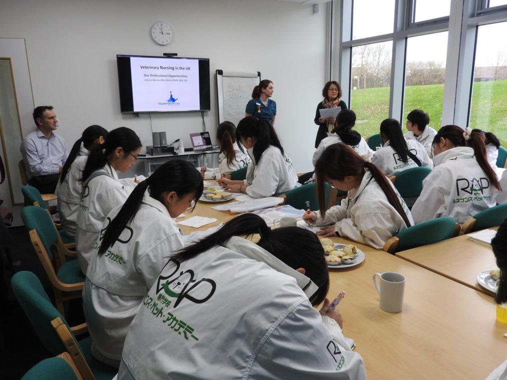 senior-nurse-clinician-jessica-barnes-presents-a-lecture-to-the-students