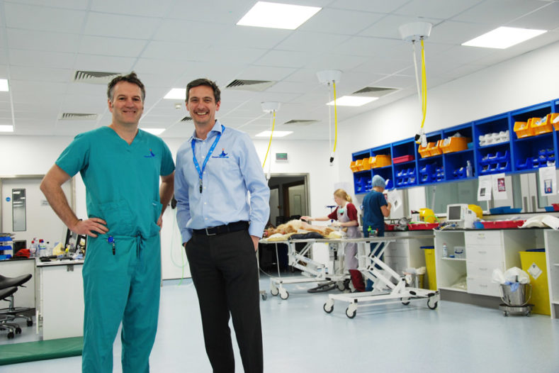 Dr Iain Grant with Professor Nick Bacon at Fitzpatrick Referrals Oncology and Soft Tissue hospital