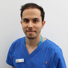 Surgical Resident Diogo Miraldo at Fitzpatrick Referrals